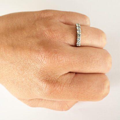 Anillo Cintillo 6 Diamantes